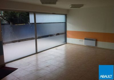 A LOUER LOCAL COMMERCIAL 124 M� ENVIRON TOULOUSE 31400