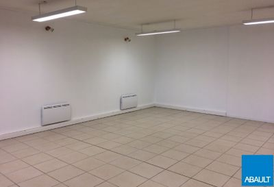LOCAL COMMERCIAL A VENDRE 136 M² RAMONVILLE