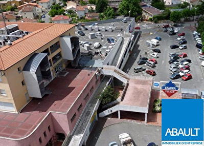 A LOUER LOCAL COMMERCIAL 39 M² CENTRE RAMONVILLE