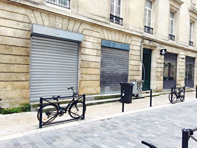 A louer Local commercial Bordeaux- quartier Saint Paul 80 m2
