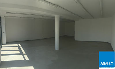 A LOUER LOCAL COMMERCIAL D'ENVIRON 133 M² AVENUE DE MURET TOULOUSE...