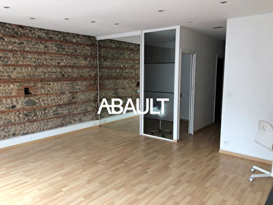A LOUER LOCAL COMMERCIAL 70 M² ENVIRON AVENUE DE MURET TOULOUSE 31300