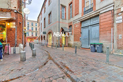 A VENDRE A CEDER DROIT AU BAIL LOCAL COMMERCIAL BOUTIQUE MAGASIN...